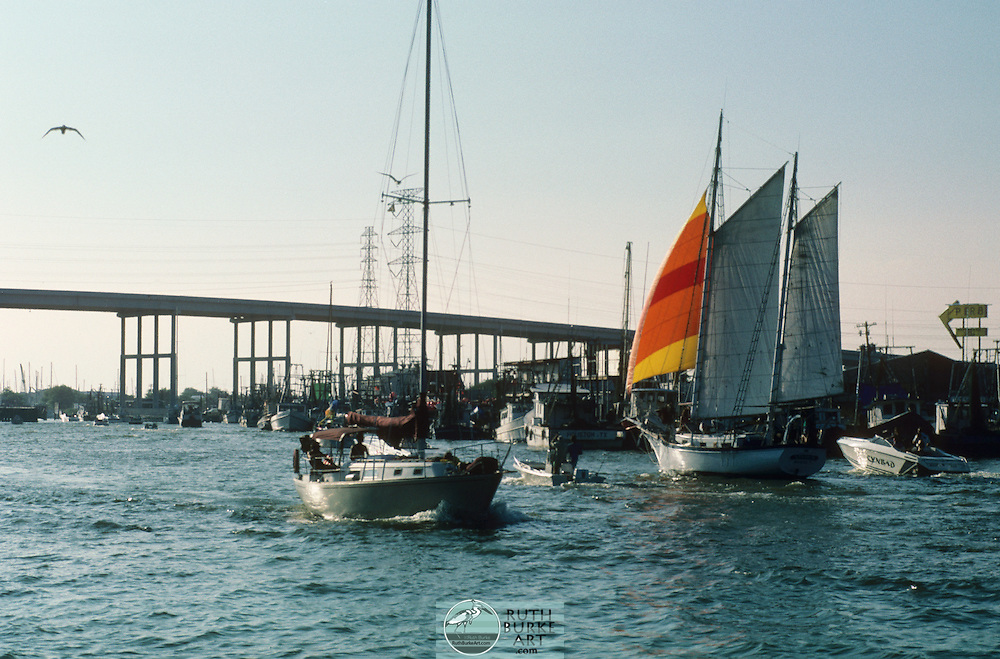 1989- Choy Lee Sailboat and speed boat Cynbad in channel - Pier 8 restaurant