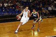 DESCRIZIONE : Roma Campionato Femminile Serie B d'Eccellenza 2009-2010 College Italia Astro Cagliari<br /> GIOCATORE : Erica Reggiani<br /> SQUADRA : College Italia<br /> EVENTO : Campionato Femminile Serie B d'Eccellenza 2009-2010<br /> GARA : Colege Italia Astro Cagliari<br /> DATA : 03/10/2009 <br /> CATEGORIA : <br /> SPORT : Pallacanestro <br /> AUTORE : Agenzia Ciamillo-Castoria/E.Castoria<br /> Galleria : Fip Nazionali 2009<br /> Fotonotizia : Roma Campionato Femminile Serie B d'Eccellenza 2009-2010 College Italia Astro Cagliari<br /> Predefinita :