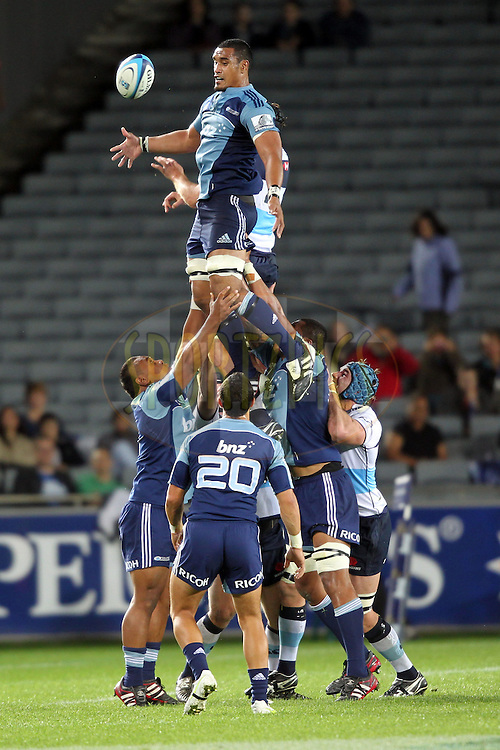 Jerome Kaino wins a lineout. Investec Super Rugby - Blues v Waratahs, Eden Park, Auckland, New Zealand. Saturday 16 April 2011. Photo: Clay Cross / photosport.co.nz