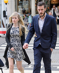© Licensed to London News Pictures. 21/07/2017. London, UK. CHRIS GARD and CONNIE YATES arrive at The Royal Courts of Justice in London. The parents of terminally ill Charlie Gard have returned to the High Court  in light of new evidence relating to potential treatment for their son's condition. An earlier lengthy legal battle ruled that Charlie could not be taken to the US for experimental treatment. London, UK. Photo credit: Ben Cawthra/LNP