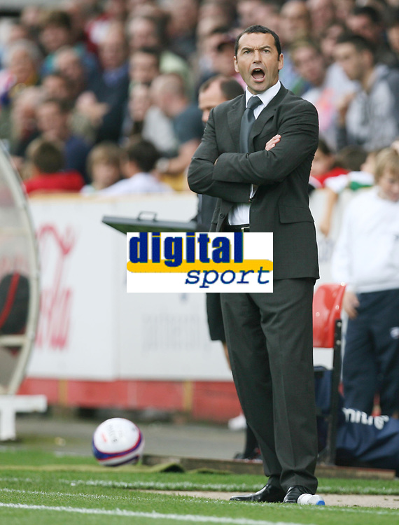 Photo: Rich Eaton.<br /> <br /> Cheltenham Town v Nottingham Forest. Coca Cola League 1. 13/10/2007. Forest's manager Colin Calderwood shouts as his team win 3-0 away.