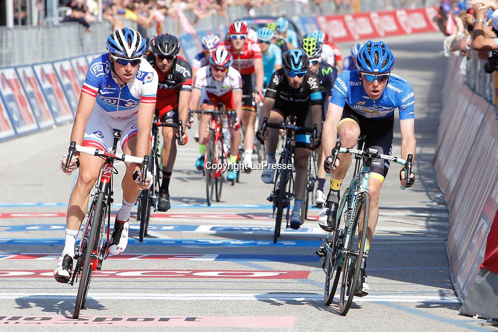 Foto LaPresse - Belen Sivori<br /> 28/05/2015 Verbania (Italia)<br /> Sport Ciclismo<br /> Giro d'Italia 2015 - 98a edizione - Tappa 18 - da Melide a Verbania - 170 km <br /> Nella foto: arrivo Kruijswijk Steven -Ned- (Lotto Jumbo)<br /> <br /> Photo LaPresse - Belen Sivori<br /> 28 May 2015  Verbania (Italy)<br /> Sport Cycling<br /> Giro d'Italia 2015 - 98a edizione - Stage 18 - from Melide to Verbania - 170 km  <br /> In the pic: arrivo Kruijswijk Steven -Ned- (Lotto Jumbo)