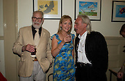 Jay Landesman, Mary Rose Storey and Jack Bond. Spectator party. Doughty St. London. 28 July 2005. ONE TIME USE ONLY - DO NOT ARCHIVE  © Copyright Photograph by Dafydd Jones 66 Stockwell Park Rd. London SW9 0DA Tel 020 7733 0108 www.dafjones.com