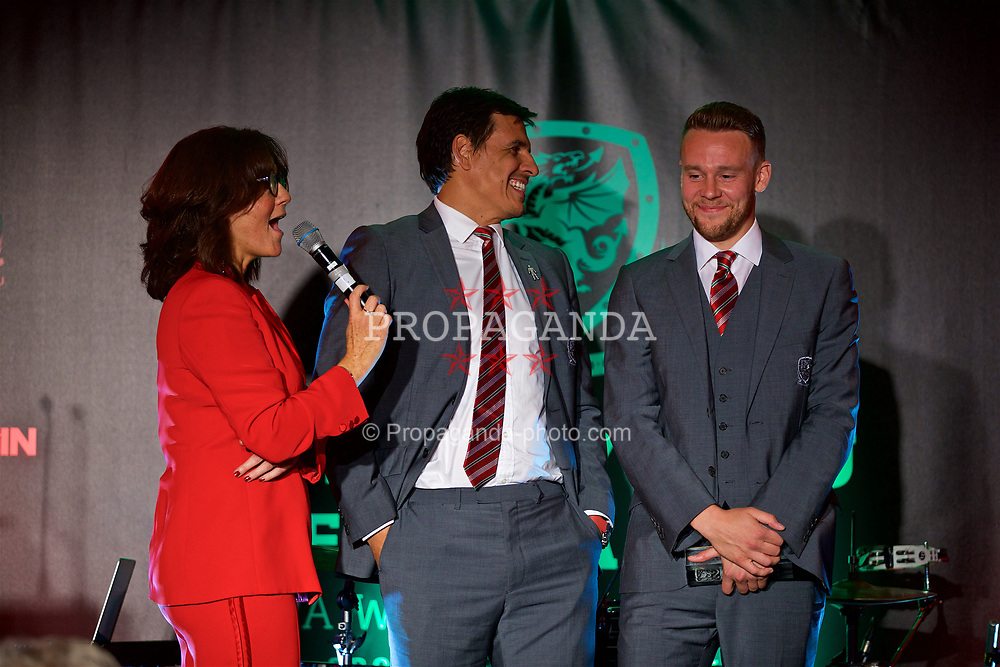 CARDIFF, WALES - Monday, October 2, 2017: Wales manager Chris Coleman with the FAW Player of the Year Chris Gunter, interviewed by Francis Donovan, during the FAW Awards Dinner at the Hensol Castle. (Pic by David Rawcliffe/Propaganda)
