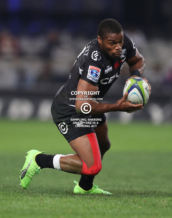 DURBAN, SOUTH AFRICA - JUNE 30: S'bura Sitholeof the Cell C Sharks during the Super Rugby match between Cell C Sharks and Vodacom Bulls at Growthpoint Kings Park on June 30, 2017 in Durban, South Africa. (Photo by Steve Haag/Gallo Images)