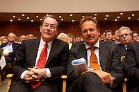 15 JUL 2004, BERLIN/GERMANY:<br /> Franz Muentefering (L), SPD Parteivorsitzender, Frank Bsirske (R), ver.di Vorsitzender, waehrend einem Festakt zum 100. Geburtstag von Karl Richter, langjähriges aktives Mitglied von Partei und Gewerkschaft, Rathaus Reinickendorf<br /> IMAGE: 20040715-01-029<br /> KEYWORDS: Franz Müntefering, Feier