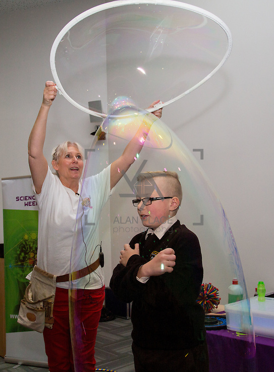 16.11.2016       <br />  The University of Limerick hosted a number of Science Activities during Limerick Festival of Science for local Schools as part of Science Week. <br /> <br /> Enjoying the Sue McGrath bubble show was Alex Hickey Cross, Milford National School, Limerick. Picture: Alan Place