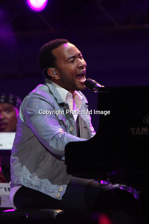 John legend performs during the Official kick Off Concert held at Orlando stadium in SOWETO, Johannesburg on the 10th June 2010 with only 1 day to kick off for the 2010 Fifa World Cup South Africa..Photo by Ron Gaunt/SPORTZPICS