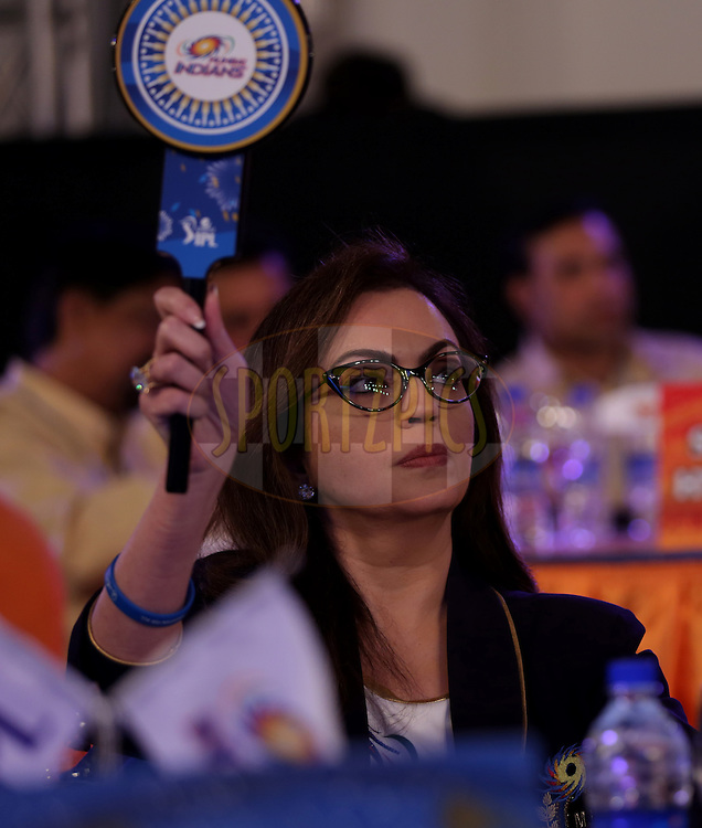 Nita Ambani of Mumbai Indians during the Pepsi IPL Player Auction held at the ITC Gardenia in Bengaluru, India on the 12th February 2014<br /> <br /> Photo by Sandeep Shetty/BCCI/SPORTZPICS