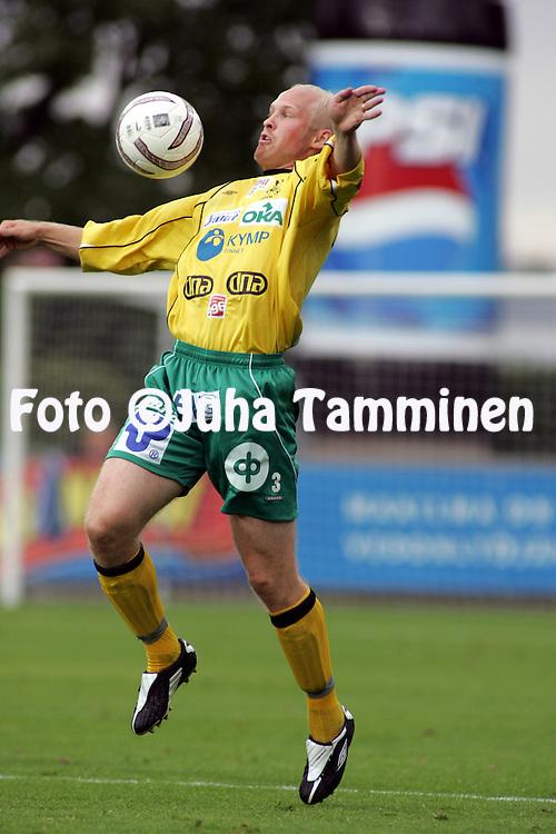 12.08.2004, Veritas Stadion, Turku, Finland..Veikkausliiga 2004 / Finnish League 2004.FC TPS Turku v KooTeePee.Lassi Lehtonen - KooTeePee.©Juha Tamminen.....ARK:k