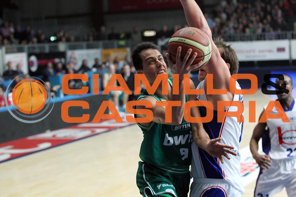 DESCRIZIONE : Cantu Lega A 2010-11 Bennet Cantu Benetton Treviso<br /> GIOCATORE : Massimo Bulleri<br /> SQUADRA : Benetton Treviso<br /> EVENTO : Campionato Lega A 2010-2011<br /> GARA : Bennet Cantu Benetton Treviso<br /> DATA : 09/01/2011<br /> CATEGORIA : Penetrazione Tiro<br /> SPORT : Pallacanestro<br /> AUTORE : Agenzia Ciamillo-Castoria/G.Cottini<br /> Galleria : Lega Basket A 2010-2011<br /> Fotonotizia : Cantu Lega A 2010-11 Bennet Cantu Benetton Treviso<br /> Predefinita :
