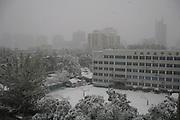 Soir d'hiver sur le nord est de Pékin et le lycée technique de Dongcheng, vu depuis les fenêtres de Hepingxincheng.