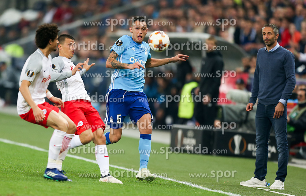 03.05.2018, Red Bull Arena, Salzburg, AUT, UEFA EL, FC Salzburg vs Olympique Marseille, Halbfinale, Rueckspiel, im Bild Andre Ramalho (FC Salzburg), Stefan Lainer (FC Salzburg) und Lucas Ocampos (Olympique Marseille) und Trainer Marco Rose (FC Salzburg)// during the UEFA Europa League Semifinal, 2nd Leg Match between FC Salzburg and Olympique Marseille at the Red Bull Arena in Salzburg, Austria on 2018/05/03. EXPA Pictures © 2018, PhotoCredit: EXPA/ Roland Hackl
