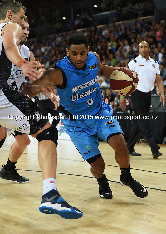 Corey Webster in action during the SkyCity Breakers v Melbourne United match. 2014/15 ANBL Basketball Season. Vector Arena, Auckland, New Zealand. Sunday 18 January 2015. Copyright Photo: Andrew Cornaga / www.photosport.co.nz