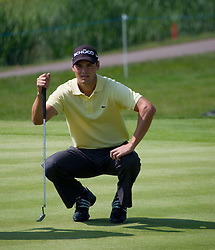 03.06.2010, Celtic Manor Resort and Golf Club, Newport, ENG, The Celtic Manor Wales Open 2010, im Bild Martin Kaymer (GER) lines up a putt. EXPA Pictures © 2010, PhotoCredit: EXPA/ M. Gunn / SPORTIDA PHOTO AGENCY