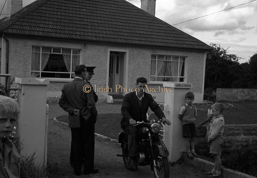 "15/08/1960<br /> 08/15/1960<br /> 15 August 1960<br /> Murder scene at Golden Bridge Walk, Inchicore, Dublin. The house ""Cheznous"" at Golden Bridge Walk, Inchicore, in which Miss Margaret O'Loughlin (18) was found dead."