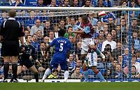 Photo: Daniel Hambury.<br />Chelsea v Aston Villa. The Barclays Premiership. 30/09/2006.<br />Villa's Gabriel Agbonlahor (R) scores to make it 1-1.