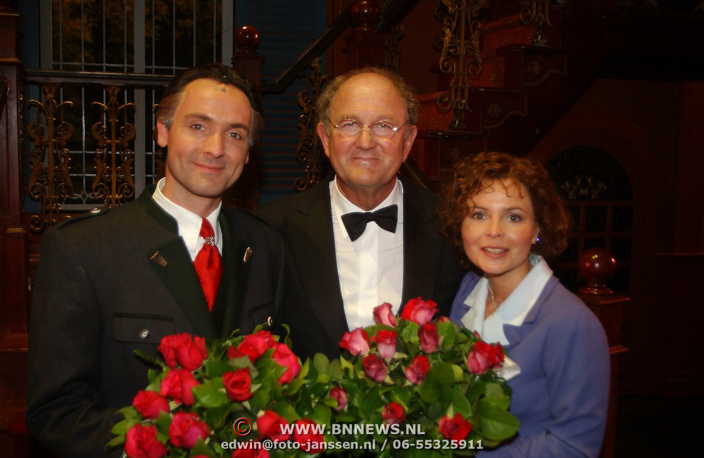 Premiere Sound of Music, Hugo Haenen, Joop van den Ende en Maaike Widdershoven