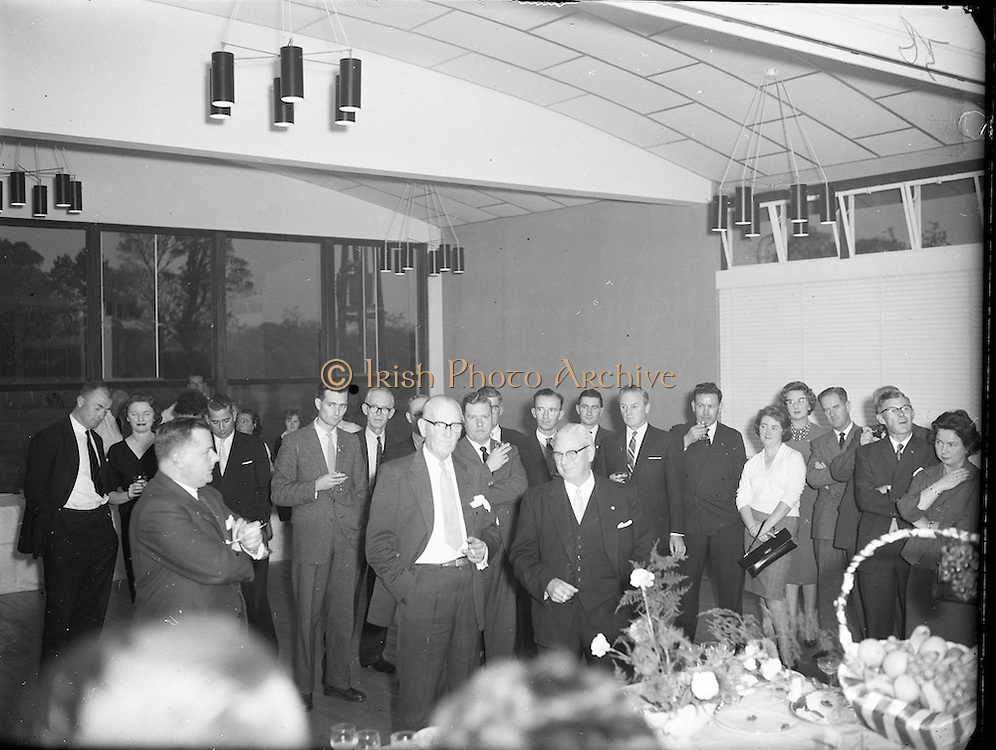 Esso Ltd., Esso Staff Presentation to Mr. Penny Fethen.<br /> 05.10.1961