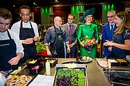 ZWOLLE - Koningin Maxima brengt een bezoek aan de biologische vakbeurs. Deze beurs voor de biologische sector trekt jaarlijks ruim 10.000 zakelijke geinteresseerden. COPYRUGHT ROBIN UTRECHT<br /> <br /> ZWOLLE - Queen Maxima visits the organic trade fair. This fair for the organic sector annually attracts more than 10,000 business interested people. COPYRUGHT ROBIN UTRECHT