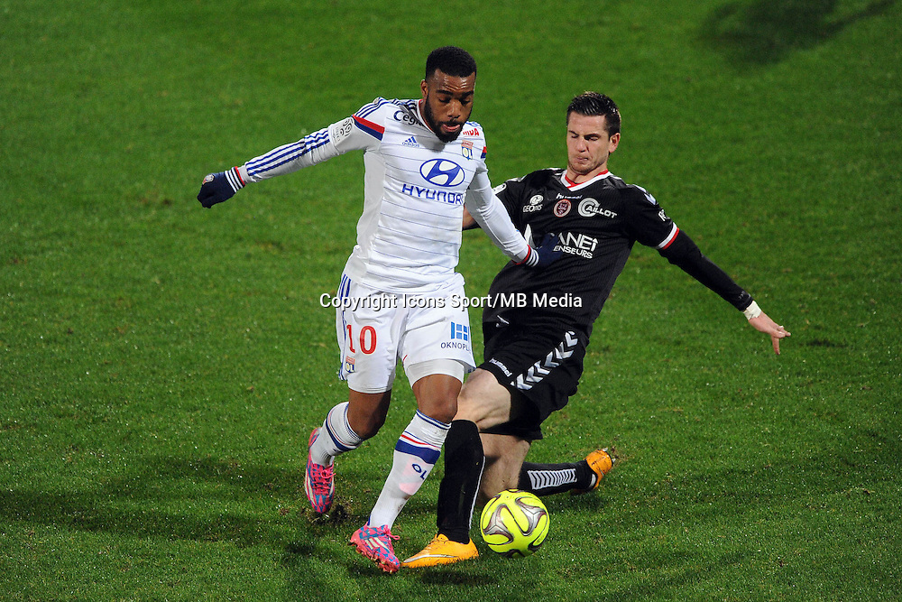 Alexandre LACAZETTE / Valentin ROBERGE - 04.12.2014 - Lyon / Reims - 16eme journee de Ligue 1  <br />