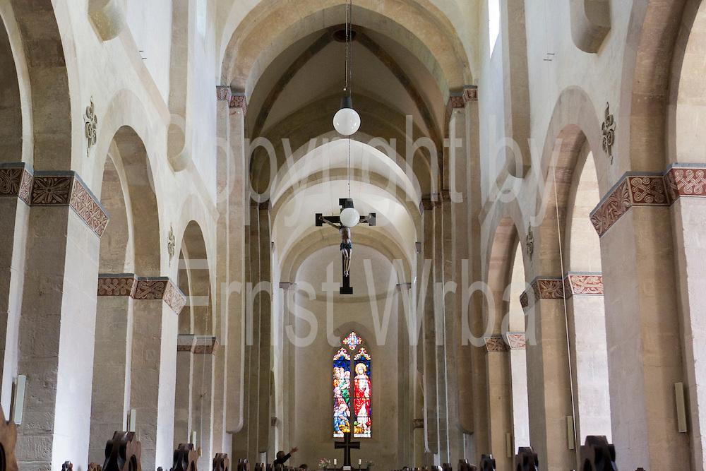 romanische St. Ulrichkirche innen, Straße der Romanik, Sangerhausen, Harz, Sachsen-Anhalt, Deutschland | romanic St. Ulrich church, interior, Sangerhausen, Harz, Saxony-Anhalt, Germany