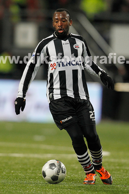 01-02-2012: Voetbal: Heracles Almelo - RKC Waalwijk: Almelo.Willie Overtoom of Heracles Almelo.KNVB Beker 2011 / 2012..foto: Henk Jan Dijks