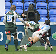 Reading, GREAT BRITAIN,Exiles, Topsy OJO, touches the bal down, during the second half, during the Guinness Premiership game, London Irish vs Harlequins, 19.04.2008 [Mandatory Credit Peter Spurrier/Intersport Images]