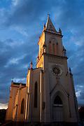 Patos de Minas_MG, Brasil...Igreja Matriz de Patos...The church Matriz de Patos...Foto: MARCUS DESIMONI / NITRO