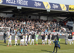 16.02.2019, TGW Arena, Pasching, AUT, OeFB Uniqa Cup, LASK vs SKN St. Pölten, Viertelfinale, im Bild der LASK feiert den Heimsieg // during the quaterfinal match of the ÖFB Uniqa Cup between LASK and SKN St. Pölten at the TGW Arena in Pasching, Austria on 2019/02/16. EXPA Pictures © 2019, PhotoCredit: EXPA/ Reinhard Eisenbauer