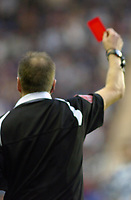Photo: Gareth Davies.<br />Reading v Sheffield United. The Barclays Premiership. 20/01/2007.<br />Referee Mr Mark Halsey shows Sheffield United's Keith Gillespie the red card for his elbow on Readng's Steven Hunt.