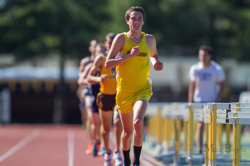Rowan University sophomore Jon Sewnig competes in men's 10,000 meters at the NJAC Track and Field Championships at Richard Wacker Stadium on the campus of  Rowan University  in Glassboro, NJ on Saturday May 4, 2013. (photo / Mat Boyle)