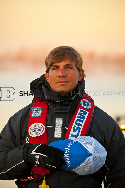2/25/12 7:59:06 AM -- during the 2012 Bassmaster Classic on the Red River in Shreveport, La. ..Photo by Shane Bevel