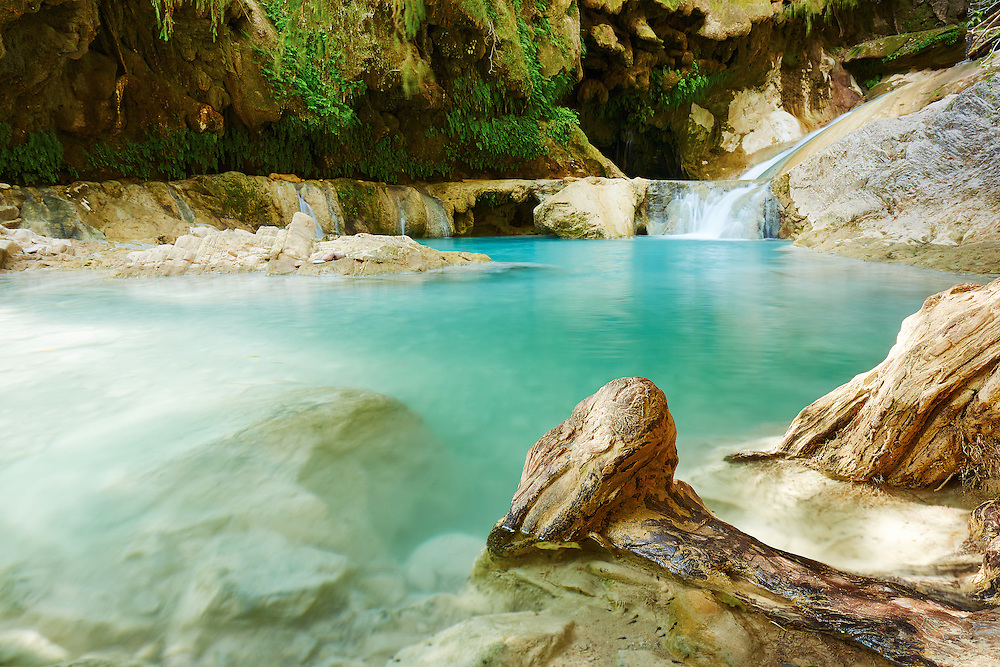 The beautiful blue waters of Pozas Azules disguise their icy chill, México.