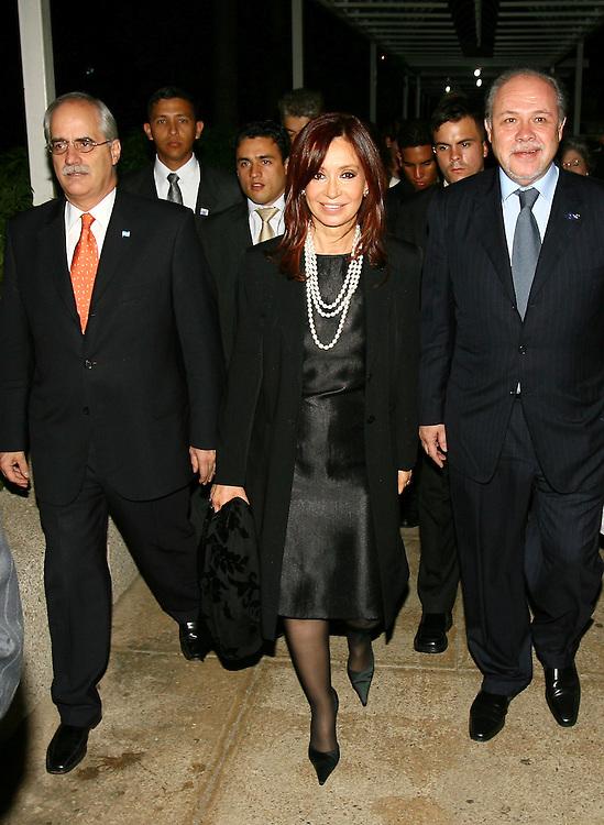 Cristina Elisabet Fernández de Kirchner es una política y abogada que ocupa la Presidencia de la Nación Argentina, nació el 19 de febrero de 1953 en La Plata, Provincia de Buenos Aires, descendiente de españoles por su padre, y de alemanes por su madre. En la Foto: Kirchner durante su visita a Caracas el día 24 de marzo de 2007. (ivan gonzalez)