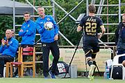 coach John van den Brom of AZ, Thomas Ouwejan of AZ