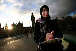 UK ENGLAND LONDON 26JAN09 - Chera Lynn Brighton, a former production manager for documentary filmmakers takes notes and photos while location scouting in central London. She has recently lost her job due to cutbacks in the financial sector which funded her company's film projects...jre/Photo by Jiri Rezac..© Jiri Rezac 2009