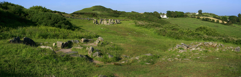 July 21, 2019 - Drombeg Stonecircle And Cooking Place, Glandore, Co Cork, Ireland (Credit Image: © Peter Zoeller/Design Pics via ZUMA Wire)