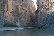 Santa Elena Canyon, Rio Grande River, Big Bend National Park, Texas, USA