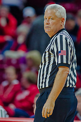 NORMAL, IL - February 05:  Referee Tom Eades during a college basketball game between the ISU Redbirds and the Valparaiso Crusaders on February 05 2019 at Redbird Arena in Normal, IL. (Photo by Alan Look)
