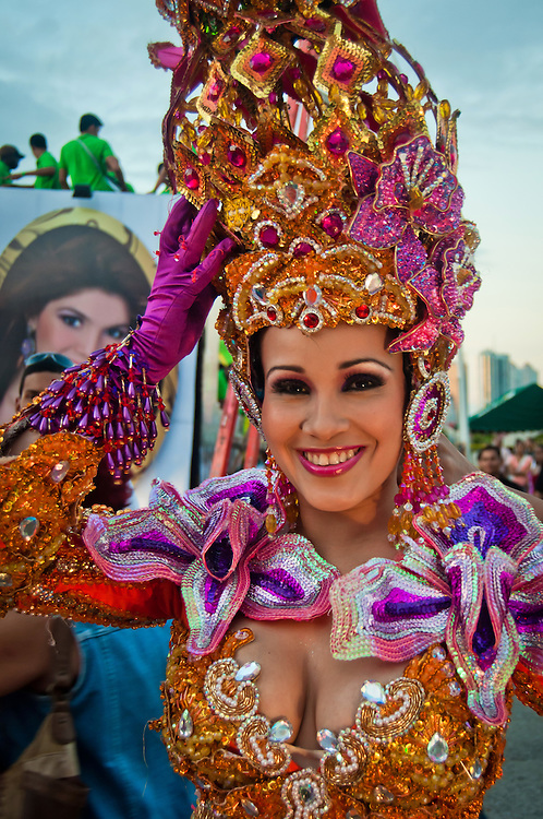 PANAMA CITY / CIUDAD DE PANAMA<br /> Carnaval de la City<br /> Photography by Aaron Sosa.<br /> Panama City - Panama 2011.<br /> (Copyright &copy; Aaron Sosa)