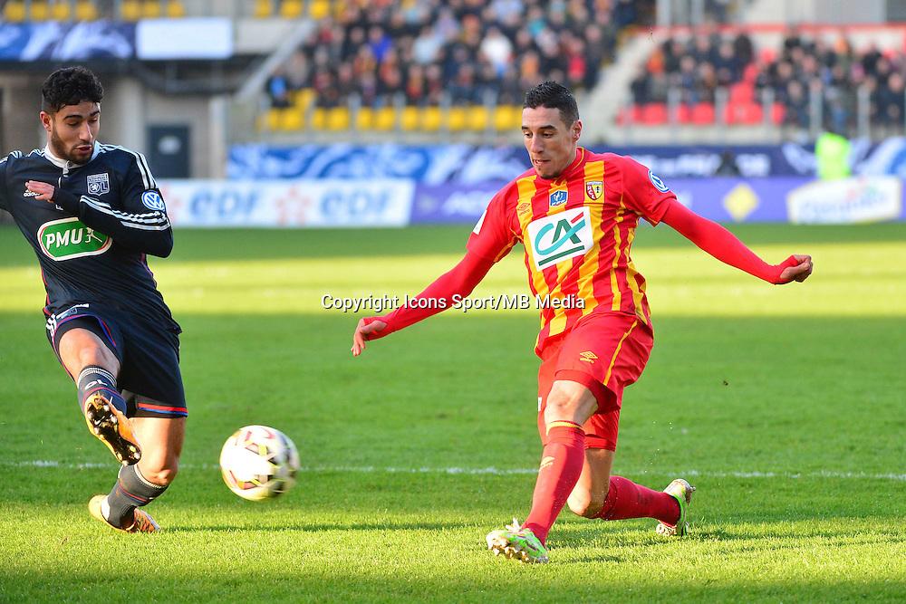 Alharbi EL JADEYAOUI / Nabil FEKIR - 04.01.2014 - Lens / Lyon - Coupe de France<br />Photo : Dave Winter / Icon Sport