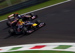 10.09.2011, Autodromo Nationale, Monza, ITA, F1, Grosser Preis von Italien, Monza, im Bild Mark Webber (AUS), Red Bull Racing-Renault und Sebastien Buemi (SUI), Scuderia Toro Rosso // during the Formula One Championships 2011 Italian Grand Prix held at the Autodromo Nationale, Monza, near Milano, Italy, 2011-09-10, EXPA Pictures © 2011, PhotoCredit: EXPA/ J. Feichter