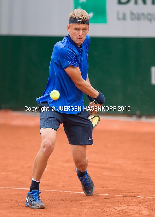 Nicola Kuhn (ESP) Junior Boys<br /> <br /> Tennis - French Open 2016 - Grand Slam ITF / ATP / WTA -  Roland Garros - Paris -  - France  - 2 June 2016.