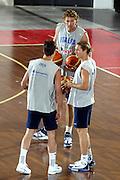 DESCRIZIONE : BORMIO RITIRO NAZIONALE ITALIANA PREPARAZIONE EUROPEI<br /> GIOCATORE : BULLERI - GALANDA - PECILE<br /> SQUADRA : ITALIA<br /> EVENTO : RITIRO NAZIONALE ITALIANA PREPARAZIONE EUROPEI<br /> GARA : <br /> DATA : 06/08/2005<br /> CATEGORIA : Allenamento<br /> SPORT : Pallacanestro<br /> AUTORE : AGENZIA CIAMILLO &amp; CASTORIA