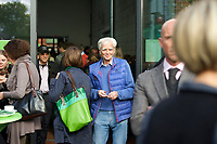 DEU, Deutschland, Germany, Berlin, 28.09.2013:<br />Hans-Christian Str&ouml;bele (B&Uuml;NDNIS 90/DIE GR&Uuml;NEN) beim L&auml;nderrat (Kleiner Parteitag) von B&Uuml;NDNIS 90/DIE GR&Uuml;NEN in den Uferstudios.
