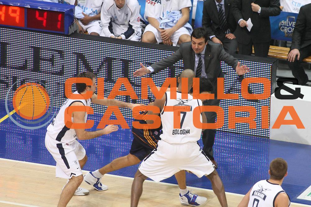 DESCRIZIONE : Bologna Lega A1 2006-07 Climamio Fortitudo Bologna Lottomatica Virtus Roma <br /> GIOCATORE : Ataman <br /> SQUADRA : Climamio Fortitudo Bologna <br /> EVENTO : Campionato Lega A1 2006-2007 <br /> GARA : Climamio Fortitudo Bologna Lottomatica Virtus Roma <br /> DATA : 09/12/2006 <br /> CATEGORIA : Curiosita <br /> SPORT : Pallacanestro <br /> AUTORE : Agenzia Ciamillo-Castoria/G.Ciamillo