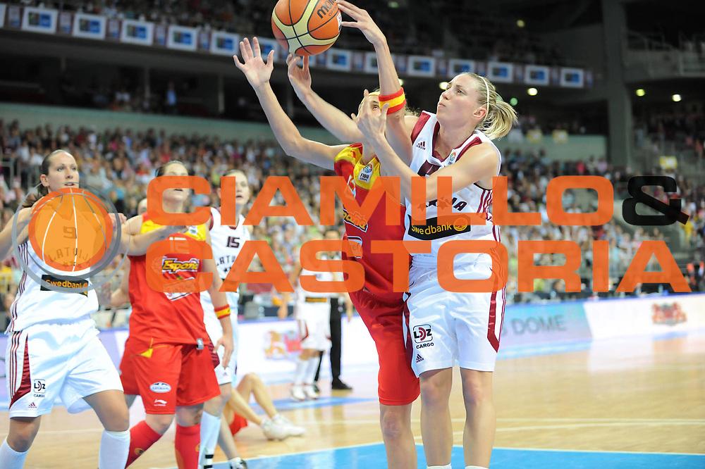 DESCRIZIONE : Riga Latvia Lettonia Eurobasket Women 2009 Qualifying Round Lettonia Spagna Latvia Spain<br /> GIOCATORE : Kristine Karklina<br /> SQUADRA : Lettonia Latvia<br /> EVENTO : Eurobasket Women 2009 Campionati Europei Donne 2009 <br /> GARA : Lettonia Spagna Latvia Spain<br /> DATA : 15/06/2009 <br /> CATEGORIA : rimbalzo<br /> SPORT : Pallacanestro <br /> AUTORE : Agenzia Ciamillo-Castoria/M.Marchi<br /> Galleria : Eurobasket Women 2009 <br /> Fotonotizia : Riga Latvia Lettonia Eurobasket Women 2009 Qualifying Round Lettonia Spagna Latvia Spain<br /> Predefinita :