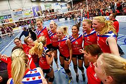 20150425 NED: Eredivisie VC Sneek - Eurosped, Sneek<br />Vreugde VC Sneek na winnen Landskampioenschap 2014 - 2015<br />©2015-FotoHoogendoorn.nl / Pim Waslander