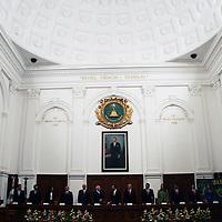 TOLUCA, México.- Entrega ANUIES reconocimiento SEP-ANUIES 2010 a la Universidad Autónoma del Estado de México, por su esfuerzo en el desarrollo y fortalecimiento institucional. Agencia MVT / José Hernández. (DIGITAL)